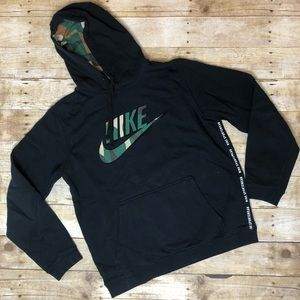 Nike camo hoodie sweater